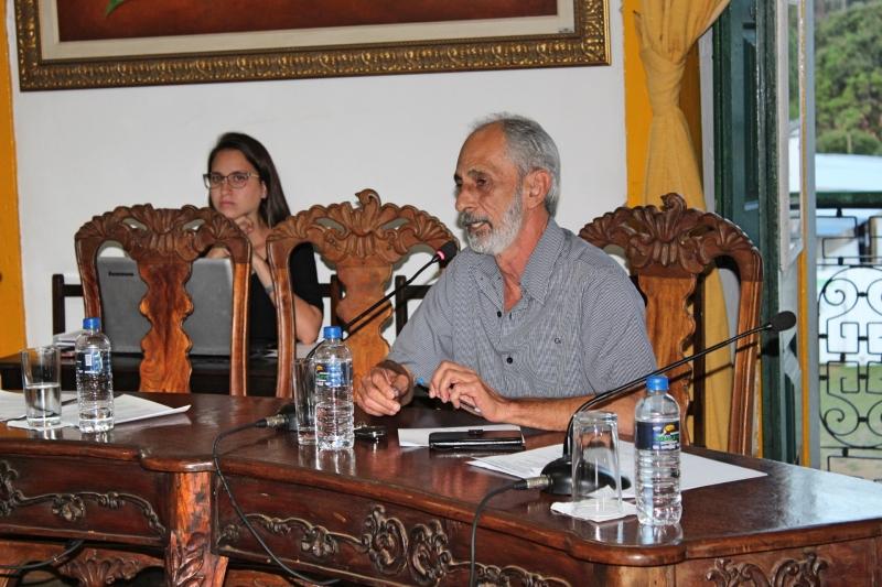 Vereadores debatem os assuntos da 31ª Reunião Ordinária.